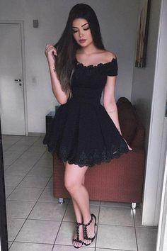 elegant homecoming dresses, little black dresses, A-line homecoming dresses, off shoulder homecoming dresses, lace applique homecoming dresses, short prom dresses, formal dresses, party dresses, graudation dresses#SIMIBridal #homecomingdresses
