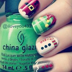 A manicure is a cosmetic elegance therapy for the finger nails and hands. A manicure could deal with just the hands, just the nails, or Santa Nails, Xmas Nails, Diy Nails, Christmas Manicure, Disney Christmas Nails, Christmas Holidays, Christmas Art, Simple Christmas, Shellac Nails