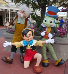 Tuesdays Tip - How to find rare characters at Walt Disney World
