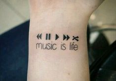 Image about life in tattoos from Missing you . - Image of music, tattoo . - Image about life in tattoos from Missing you … – Image of music, tattoo and life – - Dj Tattoo, Tattoo Life, Piercing Tattoo, Piercings, Music Lover Tattoo, Lion Tattoo, Mini Tattoos, Body Art Tattoos, Foot Tattoos