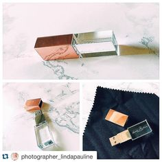 #Repost @photographer_lindapauline with @repostapp. #PresentationMatters ・・・ FINALLY! Two months of waiting, here they finally are - my new USBs! Totally worth the wait and I will keep ordering this one, because they are STUNNING! Luxurious ✨ Thanks Photoflashdrive  #usb #crystalusb #rose #fotograf #photographer #photoflashdrive And special thanks to @annaperev_photo that showed me