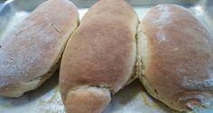 O Pão de Mandioca de Liquidificador é delicioso e muito macio. Ele combina perfeitamente com o café da manhã da sua família e todos vão adorar. Faça e conf