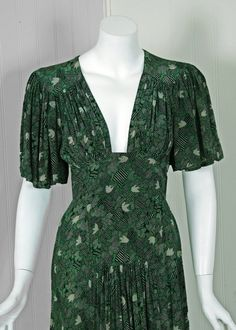 1970s Ossie Clark Green-Silk Celia Birtwell Print Plunge Dress image 3