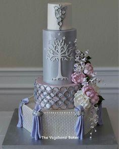 LOTR cake by Cynthia Jordon Lorow - The Vagabond Baker