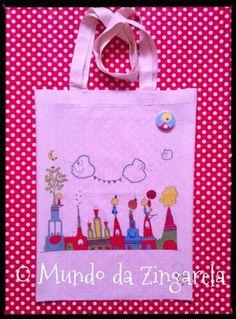 Sacos de Pano Cru estampados com os desenhos criativos d´O Mundo da Zingarela®. Aceitamos encomendas: omundodazingarela@gmail.com e/ou 964117511