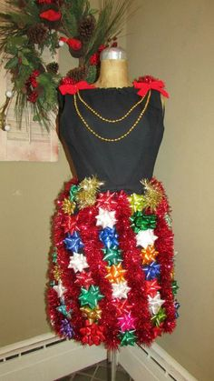 View It's An Ugly Christmas Sweater Party! 20 Amazingly Awful Looks pictures on Yahoo News Canada. See It's An Ugly Christmas Sweater Party! 20 Amazingly Awful Looks photos and find more pictures in our photo galleries. Tacky Christmas Party, Christmas Skirt, Christmas Costumes, Christmas Outfits, Diy Christmas, Christmas Clothes, Whoville Christmas, Xmas Party, Christmas Fashion