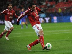 Mohamed Aboutrika Photos - Mohamed aboutrika of Al-Ahly SC scores the winning goal during the FIFA Club World Cup Quarter Final match between Sanfrecce Hiroshima and Al-Ahly SC at Toyota Stadium on December 9, 2012 in Toyota, Japan. - Sanfrecce Hiroshima v Al-Ahly SC - FIFA Club World Cup Quarter Final