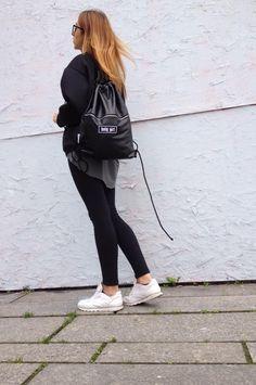 #ootd #streetwear #thehive #tshirt #synthetic #jacket #mar.ska #backpack #brylove #glasses #forumody #krk #kraków #showroom #polishdesigners #polscyprojektanci #konopnickiej28