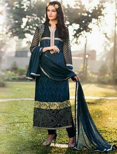 Ameliorate your charismatic look like the indian charm in this blue crepe pant style salwar suit.