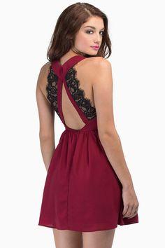 robe en dentelle dos dénudé V col -vineux  14.71