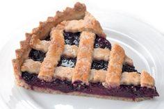 Ostružinový mřížkový páj | Apetitonline.cz Czech Recipes, Blueberry, Food And Drink, Baking, Sweet, Eastern Europe, Cakes, Candy, Berry
