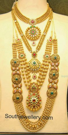 Malabar Gold Antique Necklace and Gundla Mala Collections - Indian Jewellery Designs Real Gold Jewelry, Gold Jewellery Design, Indian Jewelry, Bridal Jewellery, Wedding Jewelry, Design Page, Antique Necklace, Antique Jewellery, Gold Necklace