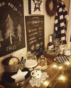 cocoa station, chalkboard idea, rustic drinkstation, pallet table, rustic farmhouse, cozy christmas picture