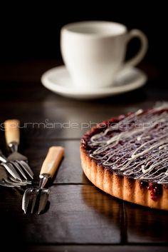 lemon raspberry tart   simple elegance [Explored] by Gourmande in the Kitchen, via Flickr