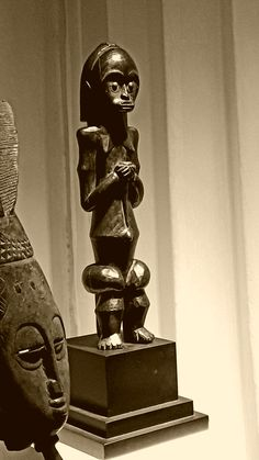 Equatorial Africa, Art Africain, Buddha, Masks, Sculptures, People, African, Objects, Statues