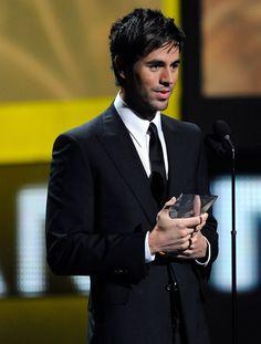 Enrique Iglesias Photos - The 10th Annual Latin GRAMMY Awards - Show - Zimbio