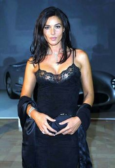 Hot photos new Bond girl and SI Swimsuit model Monica Bellucci in 2014 Monica Bellucci, Beautiful Celebrities, Beautiful Actresses, Most Beautiful Women, Beautiful Dream, Italian Women, Italian Beauty, New Bond Girl, Italian Actress