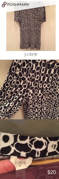 J. Crew Navy Blue & Cream Chain Sweater Dress J. Crew Navy Blue & Cream Chain Print Sweater Dress. 17 inch bust. 34.5 inches long. Accent buttons on the neckline. Cotton. Light weight. Gently worn. Great condition. Short sleeve. Feel free to make an offer or bundle & save! J. Crew Dresses