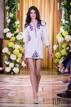 Yulia Yanina Cruise 2015 - Ready-to-Wear Style Couture, Couture Fashion, Fashion Show, Fashion Outfits, Fashion Design, Women's Fashion, Ethnic Fashion, Unique Fashion, Cute Dresses