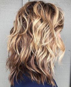 60 Best Variations of a Medium Shag Haircut for Your Distinc.- 60 Best Variations of a Medium Shag Haircut for Your Distinctive Style Shoulder-Length Wavy Layered Hair with Highlights - Medium Layered Haircuts, Medium Hair Cuts, Medium Hair Styles, Curly Hair Styles, Haircut Medium, Medium Hairs, Long Hair With Bangs, Haircuts For Long Hair, Thin Hair