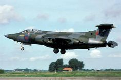 Blackburn Buccaneer S.2B Ww2 Aircraft, Fighter Aircraft, Fighter Jets, Military Jets, Military Aircraft, Blackburn Buccaneer, Fixed Wing Aircraft, Post War Era, Jet Engine