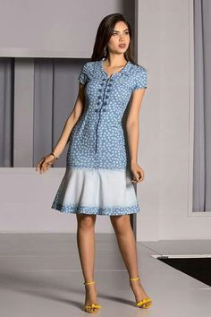 Vestido Floral Jeans - Raje Jeans - Moda Evangélica e Roupa Evangélica: Bela. Lovely Dresses, Stylish Dresses, Simple Dresses, Casual Dresses, Short Dresses, African Fashion Dresses, African Dress, Floral Jeans, Modest Fashion