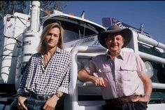 Did you know - between 1993 & 1994 the incredibly talented Keith Urban toured as a back up act with Slim Dusty. Share this post with a Keith fan!