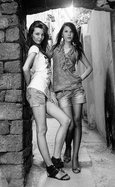 Citadel girls / Baku Old Portraits, Great Photographers, Human Condition, Citizenship, Mexico City, 21st Century, Gorgeous Women, Stupid, Cute Girls