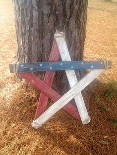 Items similar to Patriotic Pallet Star - Relcaimed Wood Star - Rustic Decor on Etsy