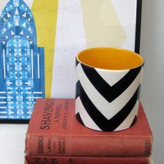 Handmade Ceramic Vase Luxury Gift Gold Edged by jillrosenwald 陶磁器 フラワーベース 花瓶