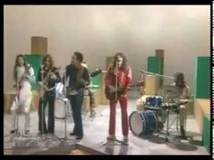 The Doobie Brothers - Listen To The Music (1975) [HQ] - YouTube