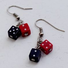 Brincos Dadinho Preto e Vermelho - Little Black and Red Dice Earrings   Beat Bijou   Elo7