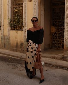 Fresh, new-season skirts are dropping in from every high street and designer brand. From animal print to neon, these are the spring skirt trends to know. Fashion Outfits, Womens Fashion, Fashion Tips, Fashion Trends, Fashion 2018, Fashion Fashion, Street Fashion, Estilo Blogger, Fashion Blogger Style