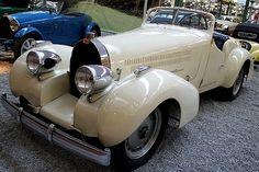 Les voitures automobiles de la marque Bugatti, voitures anciennes de collection, v2.                                                                                                                                                                                 Plus