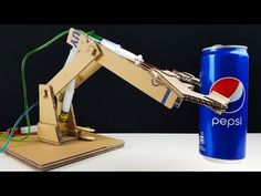 How to Make Hydraulic Robotic Arm from Cardboard! - YouTube