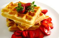 Breakfast And Brunch, Classic Waffles, Simple Waffles Made With Flour, Egg, Butter And Sugar. Breakfast And Brunch, Breakfast Items, Breakfast Recipes, Perfect Breakfast, Classic Waffle Recipe, Waffle Day, Waffle Iron, Waffle Waffle, Crispy Waffle