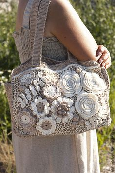 Marvelous Crochet A Shell Stitch Purse Bag Ideas. Wonderful Crochet A Shell Stitch Purse Bag Ideas. Bag Crochet, Crochet Shell Stitch, Crochet Handbags, Crochet Lace, Embroidery Bags, Boho Bags, Linen Bag, Patchwork Bags, Purse Patterns