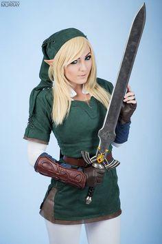 Jessica Nigri as Link from Legend of Zelda #2014