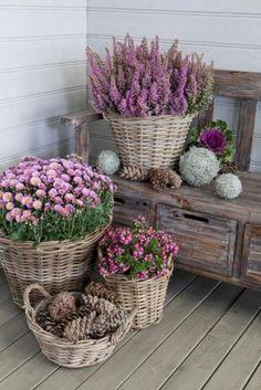 Brilliant DIY Farmhouse Porch Decoration Ideas