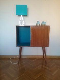 Mueble vintage  televisión  Circa 1960 Origen Inglaterra  Recuperada convertido en un  mueble  bar