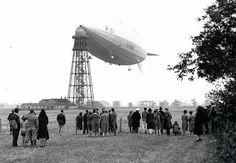 R101 at mooring mast in Cardington.