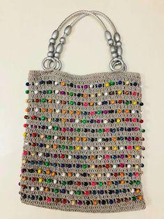 Marvelous Crochet A Shell Stitch Purse Bag Ideas. Wonderful Crochet A Shell Stitch Purse Bag Ideas. Crochet Handbags, Crochet Purses, Crochet Bags, Crochet Clothes, Mode Crochet, Knit Crochet, Filet Crochet, Pop Tab Purse, Knitting Patterns