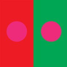 Itten 5 - Simultaneous contrast. roze valt in het rode helemaal niet op terwijl het in het groen heel fel is.