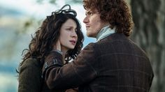 EXCLUSIVE: 'Outlander' Boss on Claire's Season 3 'Homecoming', Jamie's Time-Jump Makeover and How Many 'Voyager' Episodes We'll Get!