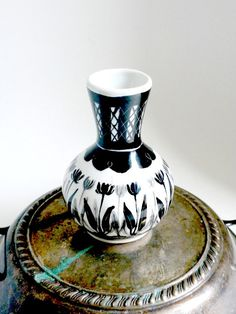 Small Delft Black Vase Peter Van Rossum 1980 by BunnyFindsVintage