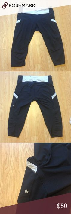 Lululemon Athletica Black Capris Good condition some pilling around the crotch area but not bad. Two side pockets and two hidden pockets really nice to have. Size 8 lululemon athletica Pants Track Pants & Joggers