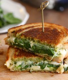 my 3 favorite things: Pesto Avocado Grilled Cheese Grilled Cheese Avocado, Grilled Cheese Recipes, Yummy Eats, Yummy Food, Tasty, Great Recipes, Favorite Recipes, Yummy Recipes, Cooking Recipes