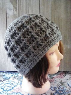 65fd4ee4735e88 New Hand Crocheted hat/beanie/cap Heather Gray acrylic yarn NEW pattern  H129 #