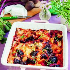 Potatis- och rödbetsgratäng med getost | potatoes, beetroots, chevre and rosemary