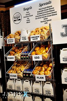 Say Goodbye With a Bagel Bar! Each guest gets bagels to take home for the next morning. What a great idea! Wow these bagels look amazing Bagel Bar, Bagel Shop, Wedding Food Bars, Wedding Ideas, Bar Mitzvah Party, Bat Mitzvah Themes, Hazelnut Spread, Brunch Wedding, Brunch Party